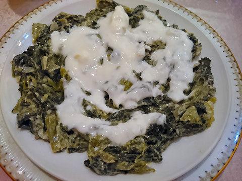 ホウレン草とヨーグルトの前菜@ナザール