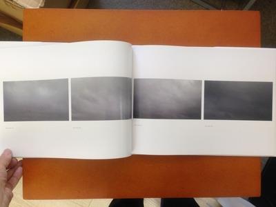 松江泰治写真集『世界・表層・時間』4