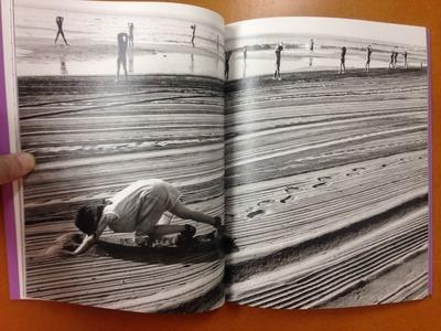 橋本とし子写真集『キチムは夜に飛ぶ』2