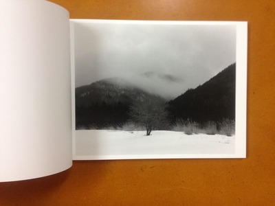 村越としや写真集『濡れた地面はやがて水たまりに変わる』1
