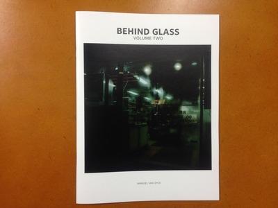 マヌエル・ファン・ダイク写真集『BEHIND GLASS VOLUME TWO』