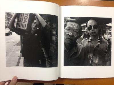 平松伸吾写真集「華やかな街の中で」3