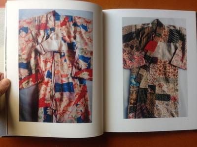 石内都写真集『幼き衣へ』2