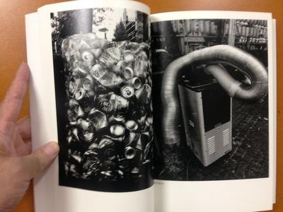 森山大道写真集『犬と網タイツ』3