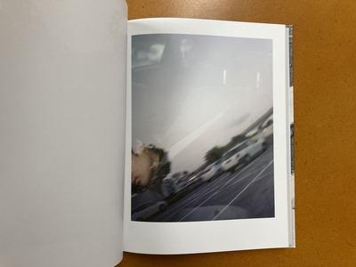 篠田優写真集『ひとりでいるときのあなたを見てみたい』2