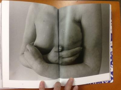 石内都写真集『肌理と写真』5