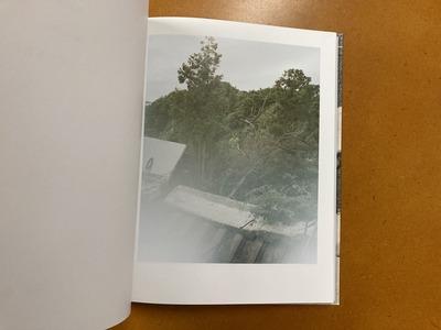 篠田優写真集『ひとりでいるときのあなたを見てみたい』1