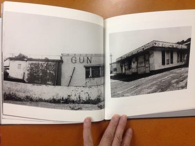 石内都写真集『Beginnings:1975』4