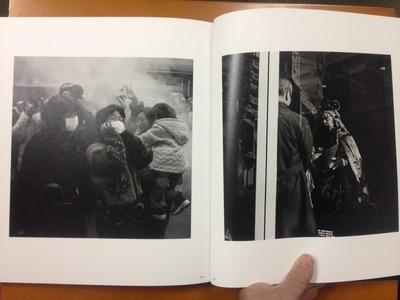平松伸吾写真集「華やかな街の中で」5