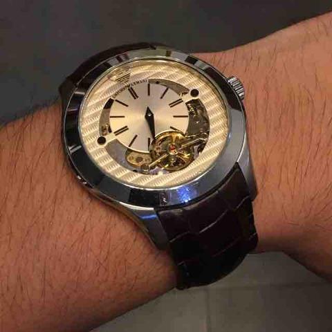 エンポリオアルマーニの時計を預かる…驚きみが深い編