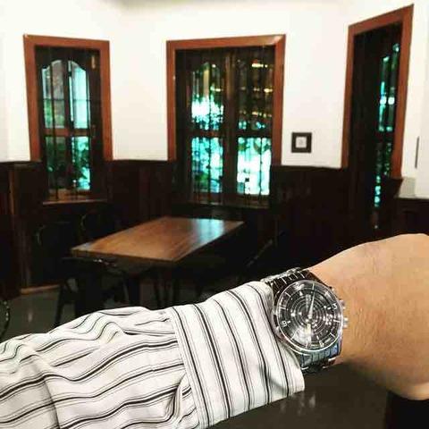 Le temps du café!With Vulcain cricket nautical