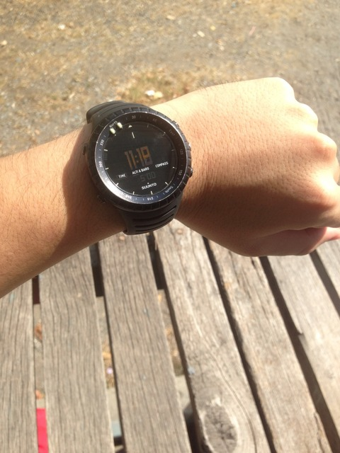 日曜のサッカー、SUUNTO CORE ALL BLACK