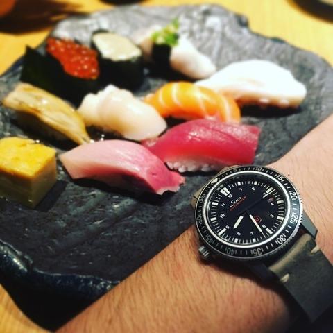 寿司と時計、Sinn EZM3
