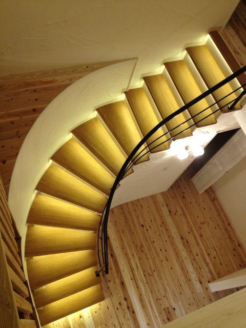 Brilliant stairs 光る階段大工さんメイドBy竹中組