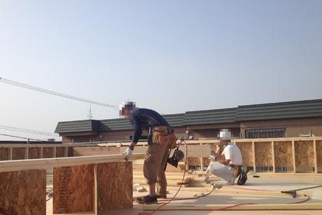 屋根の軒を造る�竹中組