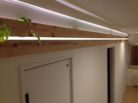 世界で一番長いバッハの杉で造った竹中組オリジナル間接照明