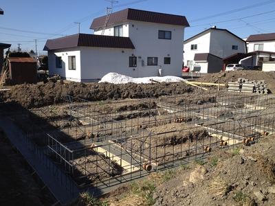 しっかり組み込まれた基礎鉄筋。これから家ができてくる