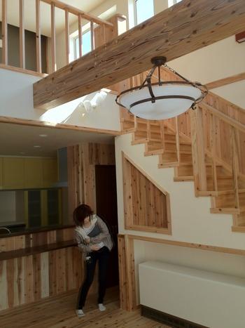 造作の階段