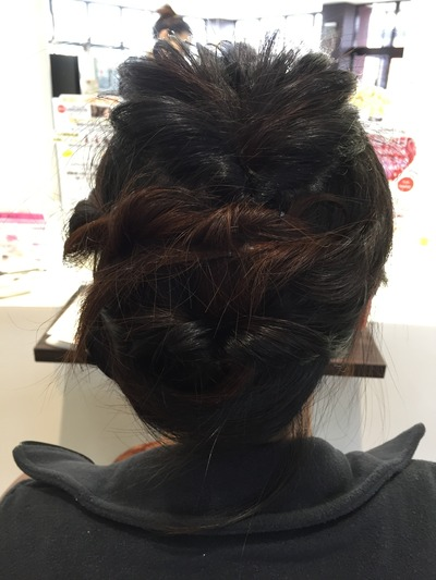 自分でまとめ髪