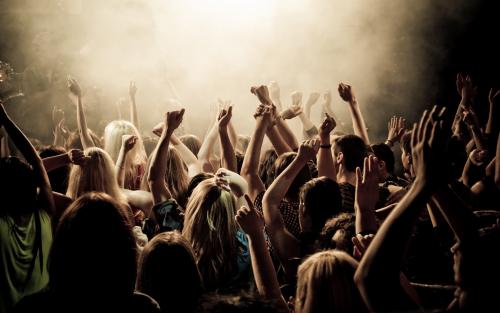 音楽・芸能 - 【朗報】トランプ大統領、花火大会を実施!全州から人が殺到してお祭り騒ぎに!