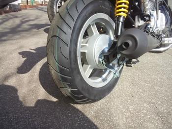 mini125(黒)後タイヤ