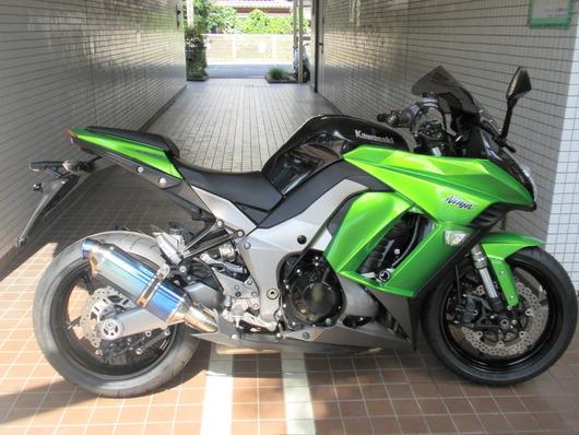 152ニンジャ1000(緑黒)右