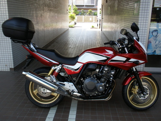 141CB400SFAボルドールREVO(白赤)右