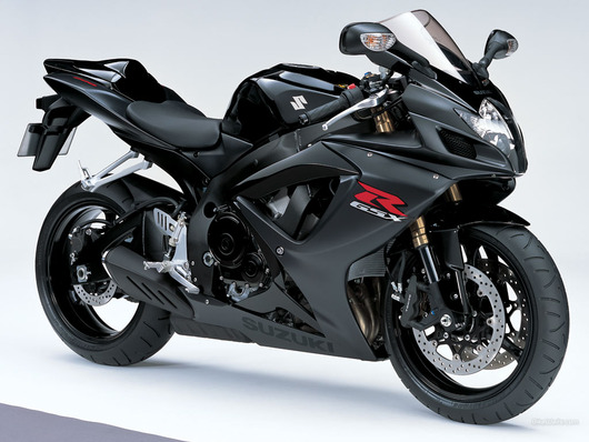 2011-suzuki-gsx-r600-wallpapers-2