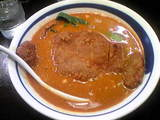 傳    俳骨坦々麺