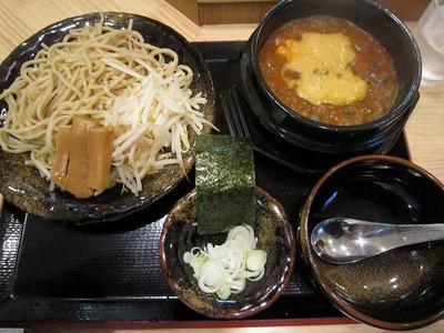 石鍋太郎 飯田橋薬念つけ麺S