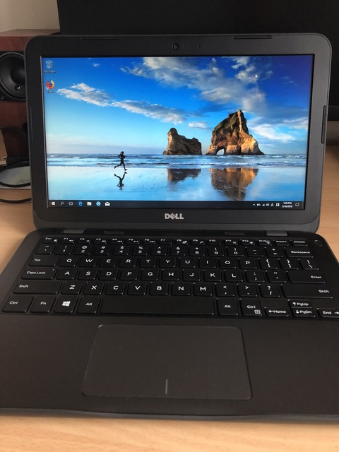 Dell Inspiron 11 3180 AMD A6-9220eモデルを買った