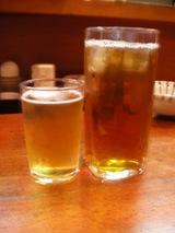 2.ビールとウーロン茶で乾杯