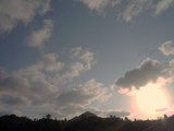 午後4時36分の南の空