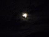 満月(午後10時50分東南の空)