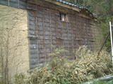 裏山のそばの古い蔵