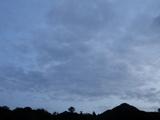 雨のち曇り時々晴れ