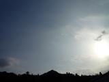 午後4時半の南の空
