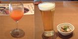 食事の前に健康にいい赤いジュース&グラスビールと付き出し