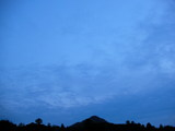 午後7時28分 南の空