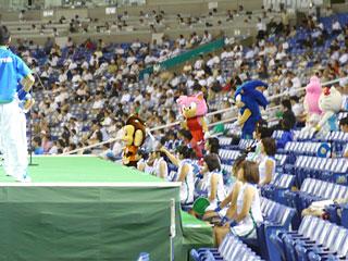 都市対抗野球2009セガソニック入場.jpg