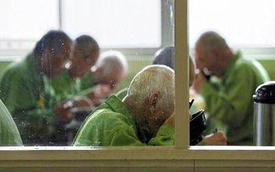 【ヤバイ】「刑務所が楽しい」出所後5年で6~7割が戻って来る高齢受刑者の実情