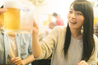 女子大生「飲み会楽しかったね!ね、うちにお酒あるけどよかったらもう少し飲まない・・・?」