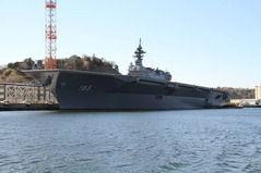 【悲報】日本さん、4万トン級の空母を新造するも「護衛艦」と言い張る
