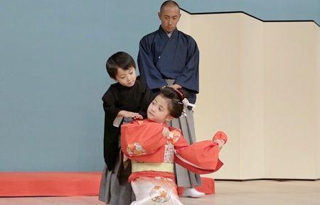 【衝撃】市川海老蔵のブログ写真に小林麻央のような物が映り込む・・・