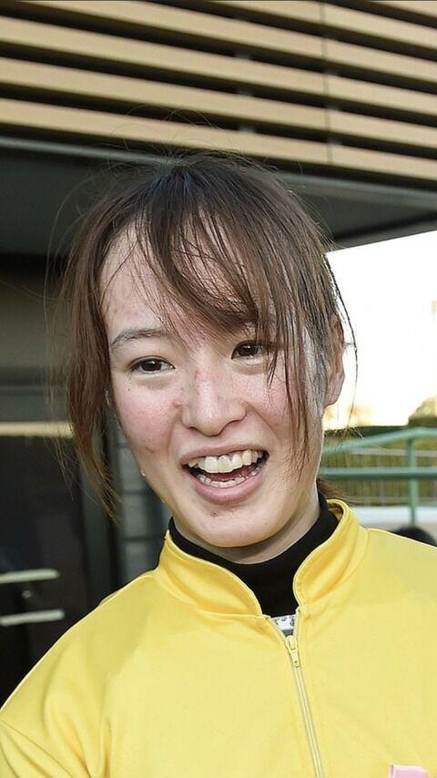 【悲報】藤田菜七子ちゃんがついに劣化