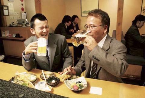 【危険】酒を飲むとヤバイぞ…1日にわずか1杯でも飲酒をするとこうなる…
