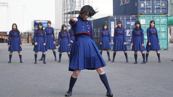 【悲報】今度は欅坂のCDが大量にゴミ捨てされるwwwww