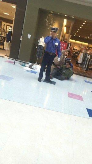 無差別通り魔事件 刃物を持った男が釧路市の大型商業施設「イオン釧路昭和店」で暴れる 殺人未遂事件、30代の刃物男を逮捕 3人けが・1人死亡・北海道釧路市