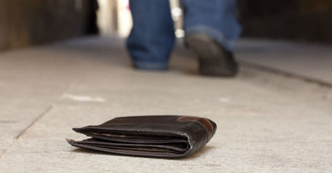 【衝撃】若者俺「あの~財布を落としましたよ?」おっさん「それタメだから」俺「?」→