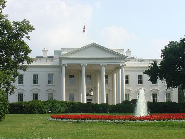 【動画】アメリカの暴動、ついにホワイトハウスが陥落へ……